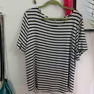 Ruffle striped t-shirt